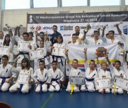 Sukces limanowskich karateków w Wilkowicach na IV Międzynarodowym Grand Prix Beskidów!